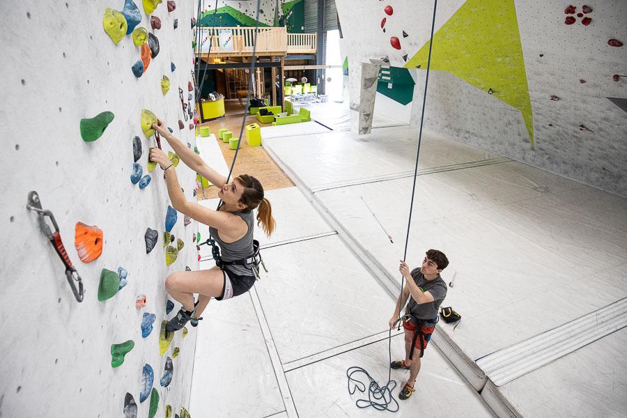 Débuter l'escalade à Limoges : voies à Climb Up